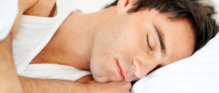 علماء: النوم ست ساعات في اليوم أكثر ضررا من الأرق