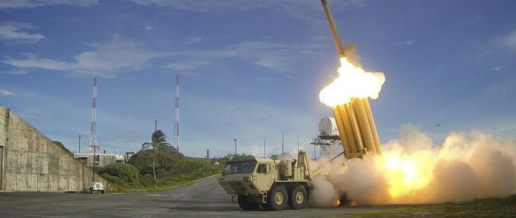 واشنطن وسيئول تتفقان على نشر الدرع الصاروخية في شبه الجزيرة الكورية