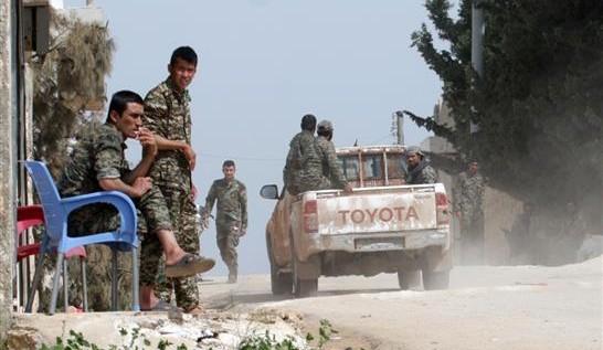 """""""داعش"""" يُسيطر على مخيم اليرموك كاملاً"""