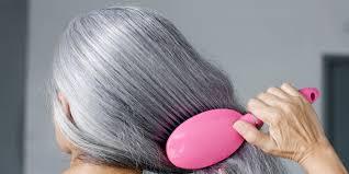 هل يمكنك إعادة الزمن إلى الوراء؟لون شعرك علامات تدل على عمرك…