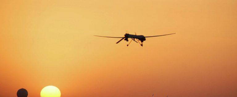"""القوات العراقية تسقط طائرة أمريكية الصنع تمد """"داعش"""" بتحركاتها"""