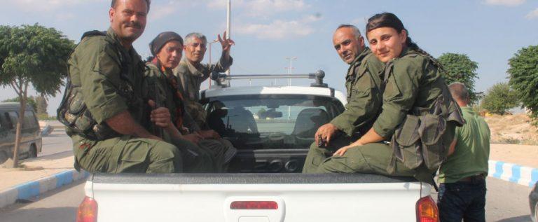 """""""قوات سوريا الديمقراطية"""" على بعد 2 كم عن مركز منبج"""
