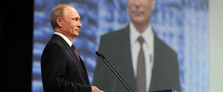 بوتين يعلن رؤيته لحل قضية سوريا…محذراً العالم يتزعزع إذا تفككت سوريا