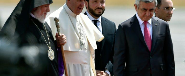"""البابا يزور يريفان منددا مرة اخرة ب""""ابادة"""" الارمن"""