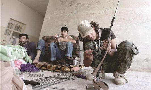 موجة الاغتيالات والخلافات تجتاح الفصائل السورية