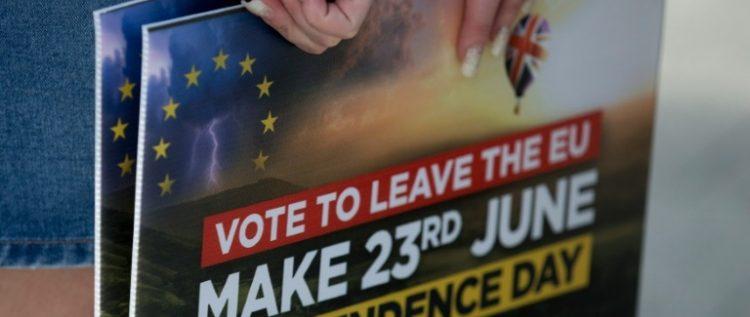 البريطانيون يواصلون الإدلاء بأصواتهم في استفتاء تاريخي يحدد مصيرهم الأوروبي