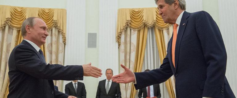 بوتين خلال لقائه مع كيري يشيد بالجهود المتبادلة لروسيا وأمريكا