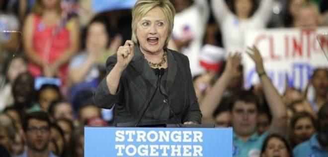 الأف بي آي يستجوب هلاري كلينتون بشأن بريدها الالكتروني