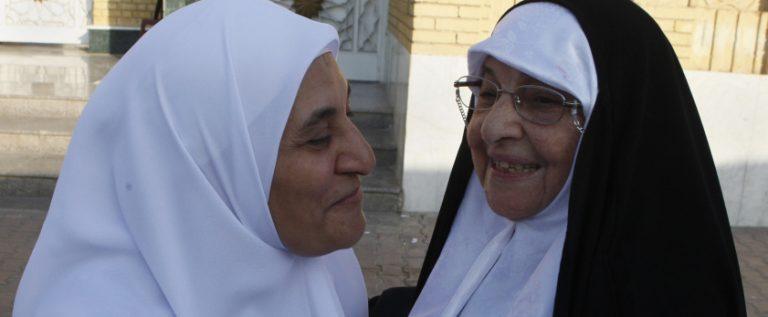 """لأول مرة منذ سنوات .. عيد فطر في يوم واحد لدى """"سُنّة"""" و""""شيعة"""" العراق"""