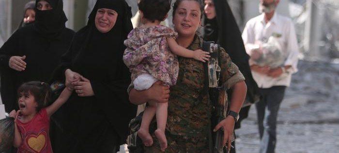 """تحرير منبج بقوات بريطانية ساعدت قوات """"سوريا الديمقراطية"""" بالسيطرة على المدينة"""
