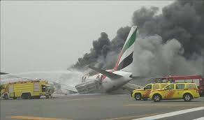 نتائج التحقيقات تحل غموض احتراق الطائرة الإمارتية في دبي بمعلومات أولية!