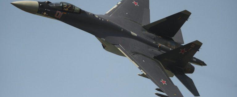 """الولايات المتحدة اعتذرت عن اقتراب مقاتلتها من """"سو- 35"""" الروسية بشكل خطير"""