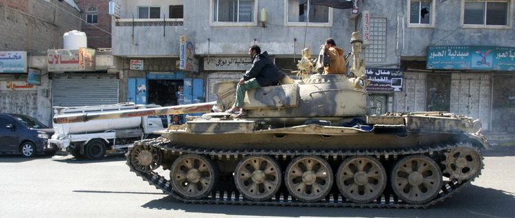 الحوثيون يصدون هجوما كبيرا في ميدي والمعارك تتجدد في تعز