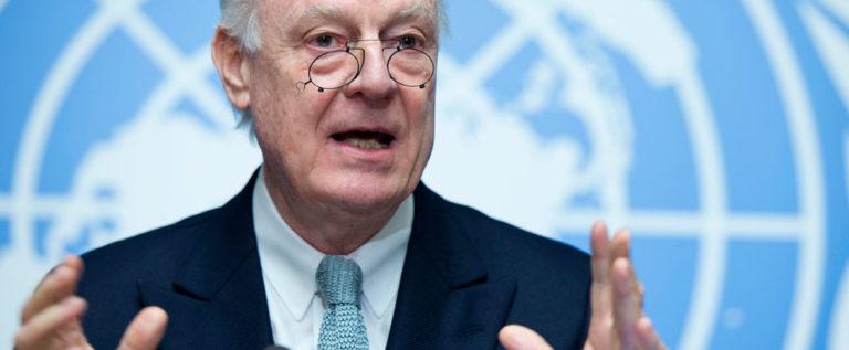 دي ميستورا يبحث مع مسؤولين إيرانيين حل الأزمة السورية