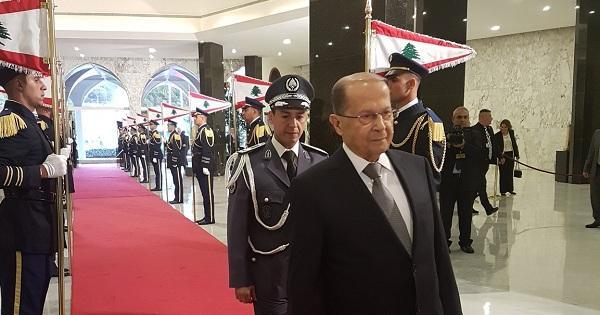 """عون يعود إلى بيروت و""""صفحة الخلل مع دول الخليج طويت نهائيا"""""""