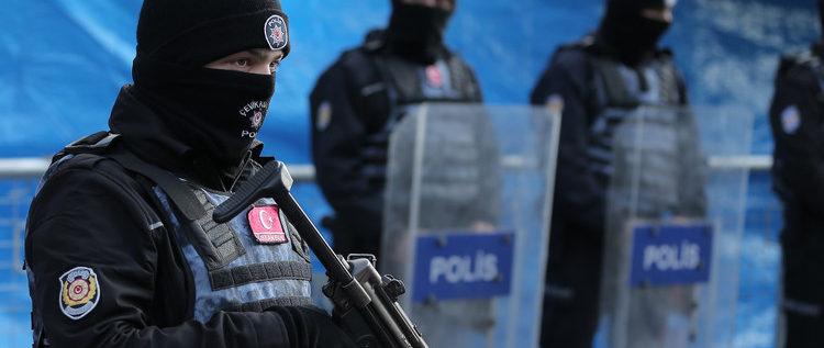 صورة لمنفذ هجوم رأس السنة في اسطنبول بعد تعرضه للضرب من قبل الشرطة