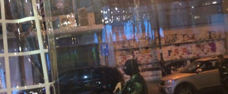 بالصور:الحمراء نجت في اللحظة الحاسمة من تفجير انتحاري… توقيف الانتحاري وهو يحاول دخول المقهى