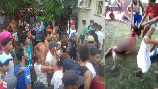 بالفيديو- حشود غاضبة تخرج قاتلة طفل من السجن ثم تحرقها
