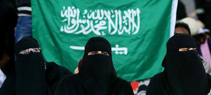 مدرب كرة قدم يكشف عن مفاجأة بخصوص السعوديات