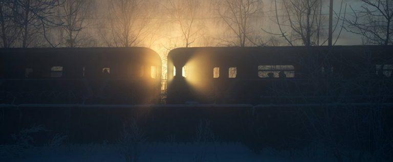 تأخر عن امتحانه بسبب القطار…وبعد 21 عاما حدثت المفاجأة
