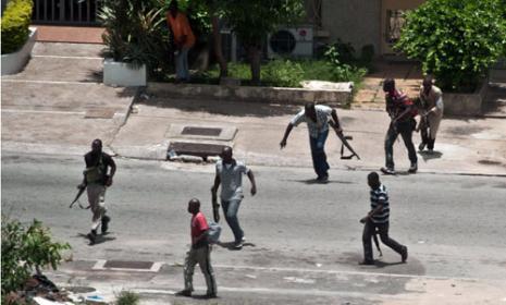 اللبنانيون يختبئون في بيوتهم… هذا ما يحصل في ساحل العاج!