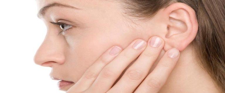 هذه العلامة في شحمة أذنيك دليل على إصابتك بالسكتة الدماغية