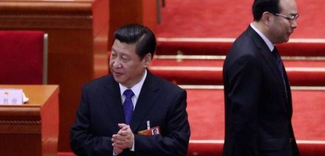 """مسؤولون صينيون كبار """"تآمروا للإطاحة"""" بالرئيس شي جينبينغ"""
