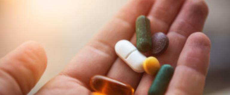"""أمازون """"تقتحم"""" سوق الأدوية.. إليكم التفاصيل!"""