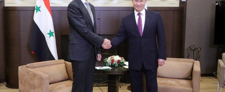 """بوتين يدعو خلال لقائه الأسد في سوتشي إلى """"تسوية سياسية طويلة الأمد"""" في سوريا"""
