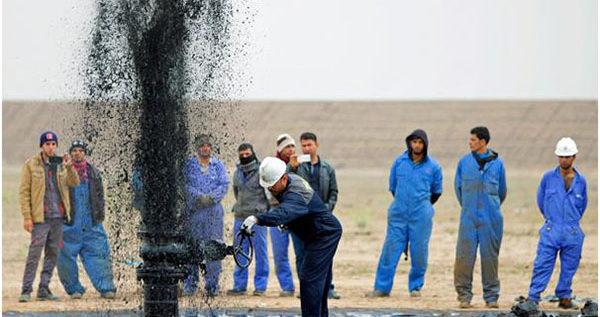 تراجع أسعار النفط وسط تعاملات ضعيفة