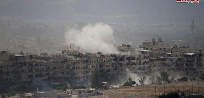 """سلاح الجو السوري يستهدف تحصينات الارهابيين في """"الحجر الأسود"""" وسط تقدم قواته على أطراف الحي في الغوطة الغربية بريف دمشق"""