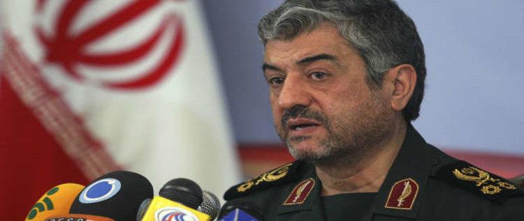 الحرس الثوري الإيراني: إما أن يستخدم الجميع مضيق هرمز أو لا أحد