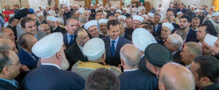 الرئيس الأسد يؤدي صلاة عيد الأضحى المبارك في رحاب جامع الروضة بدمشق