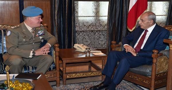 بري عرض مع قائد اليونيفل الوضع في الجنوب