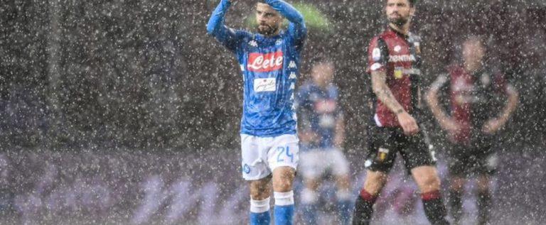 🚨 إيقاف مباراة جنوى و نابولي بسبب الأمطار الغزيرة