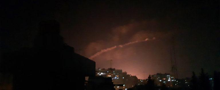 مصدر عسكري: 8 صواريخ إسرائيلية أطلقت من الأجواء اللبنانية لاستهداف مواقع غرب دمشق