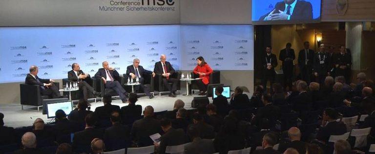 وزير الدفاع اللبناني: أي حل لا يكون بالتنسيق مع الحكومة السورية سيخلق مشكلة جديدة