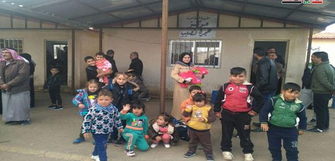 دفعة جديدة من المهجرين السوريين تعود من مخيمات اللجوء في الأردن