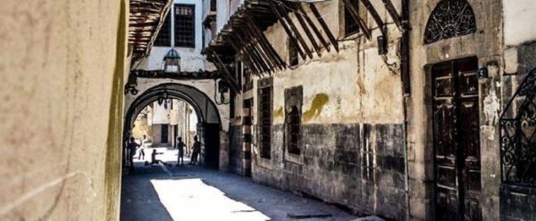في دمشق.. حفر حفرة لإخفاء الذهب فدفنوه فيها!