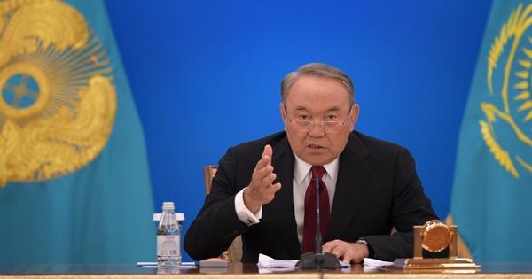 نور سلطان نزاربايف يعلن تنحيه عن منصبه رئيسا لكازاخستان