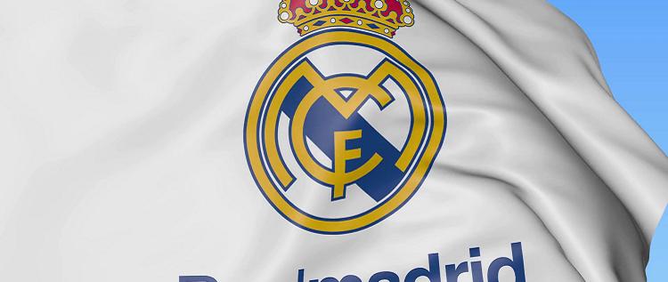 ريال مدريد يقيل مدربا بسبب تصريحاته عقب مباراة الكلاسيكو