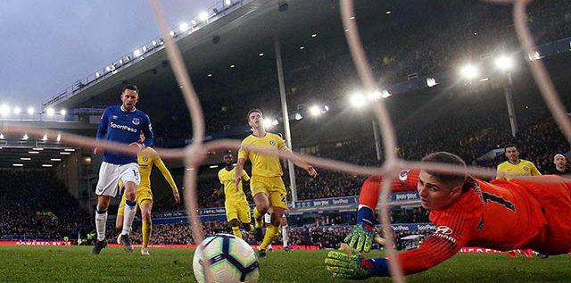 تشيلسي يسقط أمام إيفرتون في الدوري الإنكليزي