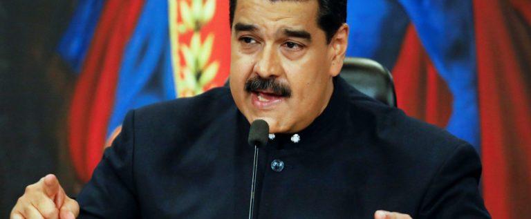 مادورو يعلن فشل الانقلاب ويسمي من وقف وراءه