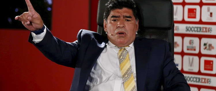 مارادونا يعتزم الرحيل عن فريقه المكسيكي!