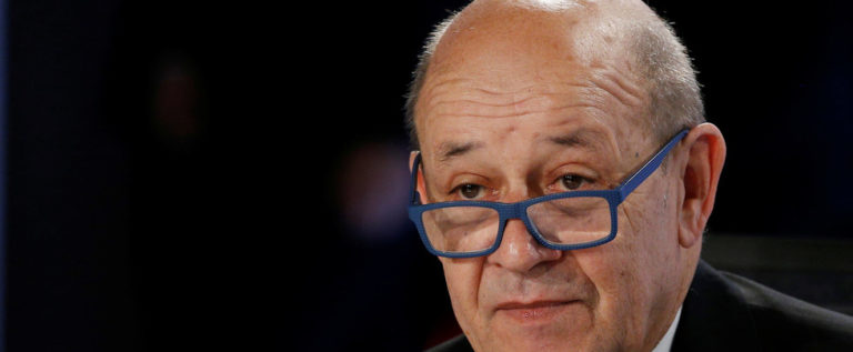 """باريس تطالب السعودية والإمارات بوقف """"الحرب القذرة"""" في اليمن"""