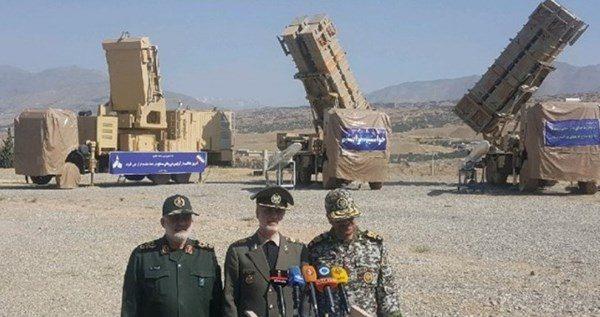 """ايران.. إزاحة الستار عن منظومة الدفاع الجوي """"15 خرداد"""""""