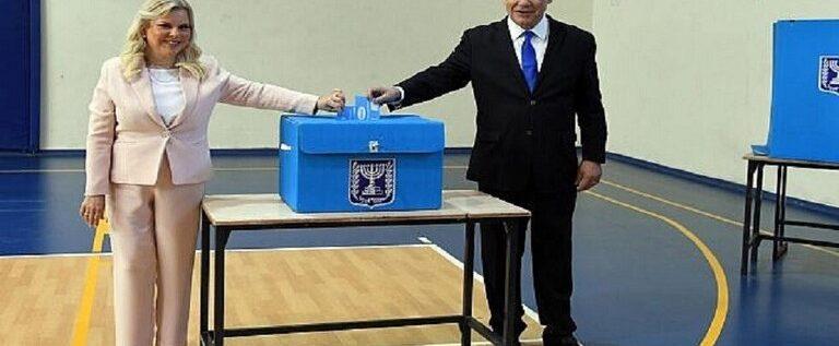 نتنياهو للمستوطنين: إذا لم تذهبوا للتصويت فإن أيمن عودة سينجح في إسقاطي