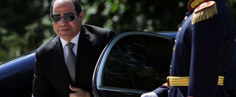 مصطفى بكري: السيسي رفض توريط الجيش المصري في سوريا