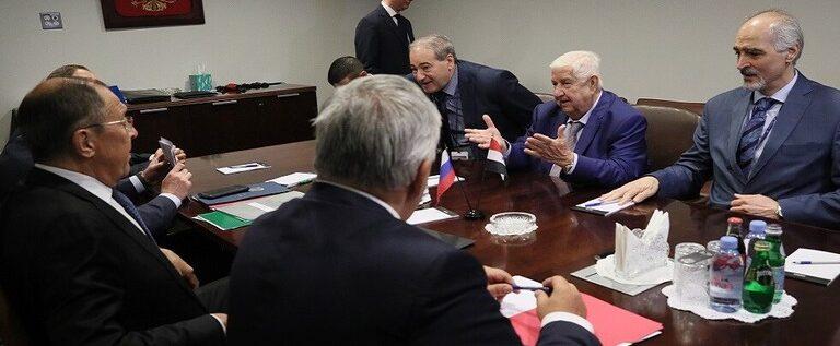 المعلم يكشف موعد أول جلسة للجنة الدستورية السورية