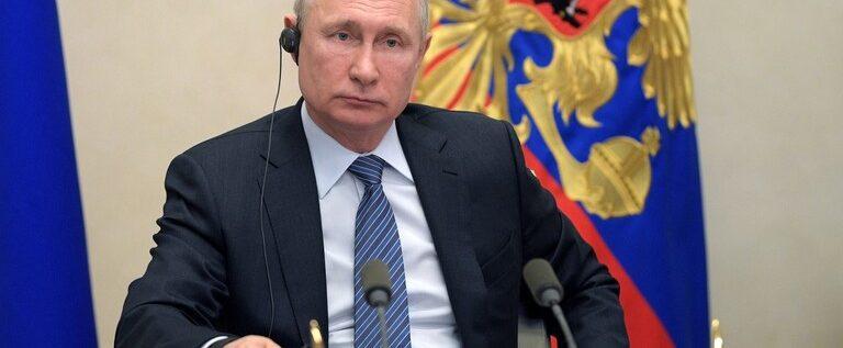 بوتين: لم نصل حتى الآن إلى ذروة أزمة فيروس كورونا